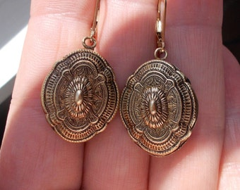 SOLD!!!!DONOTBUY!!!!!SOLD!!!!!Genuine Victorian pendant 14k gold fill leverback earrings