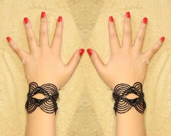 Bracelet Manchette // Rock // Macramé Noir // Fait main // En