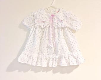 Vintage Baby Girl Tiny Floral Print Dress / Size 6 Months Purple and White Lace Toddler Sundress
