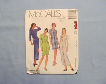 McCall's Sewing Pattern #8724, Women's Dress, Long or Short Skirt and Sleeves, 1997