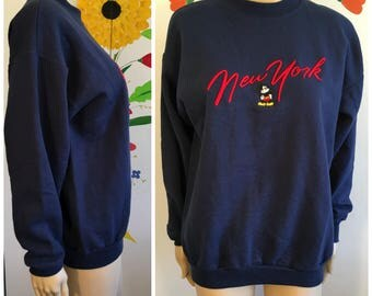Vintage 90s Mickey Mouse New York Sweatshirt DISNEY STORE Size Medium Navy Blue Tourist Souvenir Sweatshirt 1990s