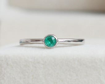 Natural Emerald Ring - Tiny Emerald Ring, Emerald Stacking Ring, Emerald Stackable Ring, Emerald Ring White Gold, May Birthstone Ring