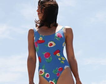 Vintage beautiful blue floral one piece swimwear.size s