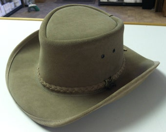 Vintage BC Hats Handmade Genuine Steer Hide Hat Size L Australian Outback Leather Bush Hat