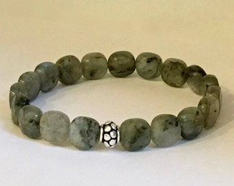Women's iridescent labradorite bracelet with a bali sterling silver bead