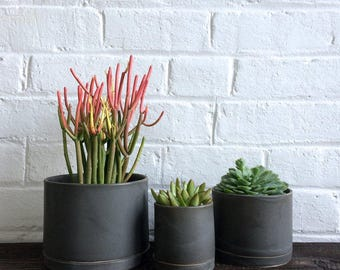Tabletop Planter in Charcoal