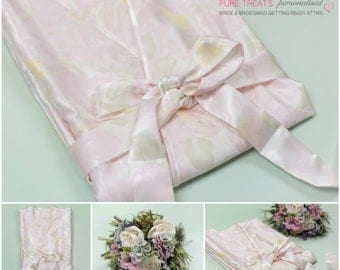 Floral satin Dressing Gown. Bride Robe ideal for weddings. Bridesmaid Dressing Gown.
