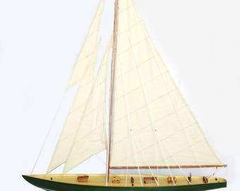 Shamrock Irish Green Sailing Boat Model 32""