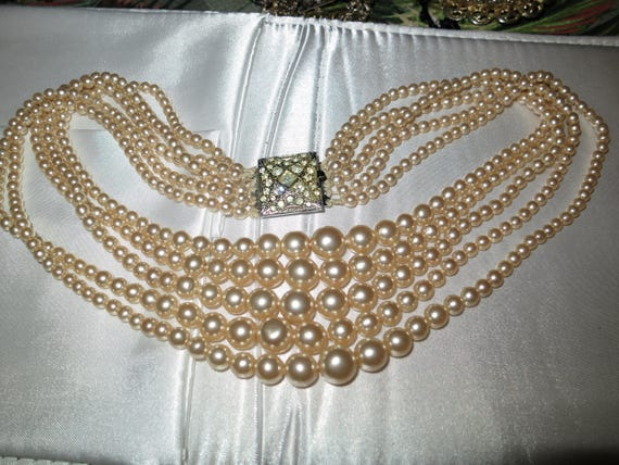 Classic vintage 5 strand lustre glass pearl long necklace rhinestone silver metal clasp