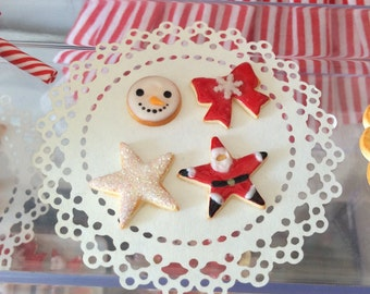 Set of 4 loose Xmas cookies for Blythe -red series-