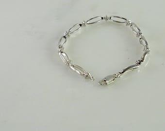"Dainty Sterling Silver Bracelet 7 1/4"""