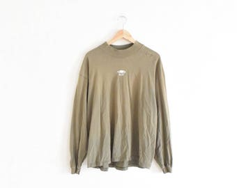 DISTRESSED MOCK TURTLENECK || size mens x large || 90s || shirt || beige || techie || long sleeve || ring of fire || grunge || vintage!