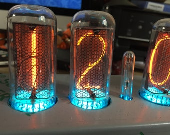 Big Nixie Tube Desk Clock 6 tubes IN-18 (NOS) in stainless steel case with fully programmable multicolor RVB LEDs