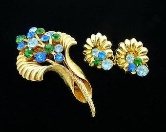 Vintage Blue Green Rhinestone Flower Brooch Clip Earrings Demi Parure Set, Rhinestone Brooch, Antique Brooches, Jewelry Sets, 1960s
