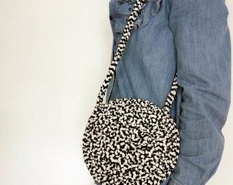 Circular bag, circle handbag, crochet bag, small handbag, summer holiday bag, everyday shoulder bag, knitted bag, eco bag, crossbody bag