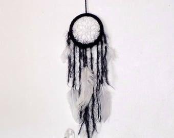 Dream catcher black, attrape rêve, chamanisme, petit dreamcatcher, plumes blanches naturelles