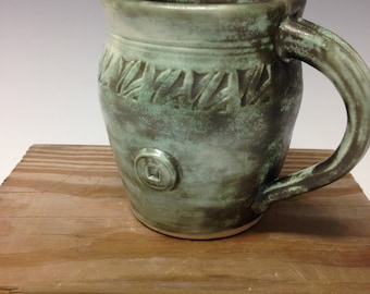 Art-deco green mug, ceramic