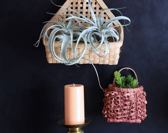 Pick of 2 hanging baskets - great for plants