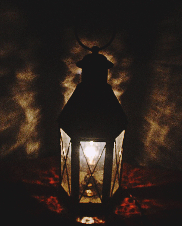 Vintage Lantern Lamp Underwriters Laboratories Metal Table Lamp