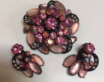 Shades of Pink Circular Brooch  with Clip on Earrings
