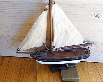 Vintage sailing boat model wooden sailboat wood boat yacht toy collectible