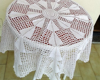 Round crocheted tablecloth circle tablecloth rustic crochet tablecloth white lace table cloth cotton table linen handmade vintage 80s