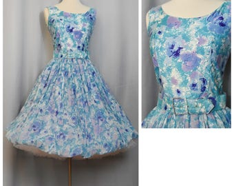 Watercolor Bubble Hem 1950s Floral Party Dress