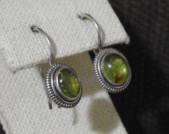 stunning sterling silver and peridot drop earrings,sterling drop earrings,peridot earrings,wedding gift,gift for her,