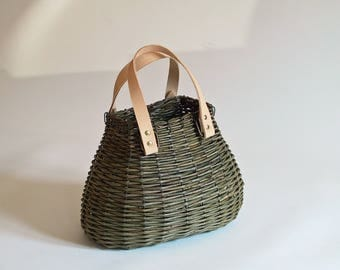 Green Wicker shoulder bag