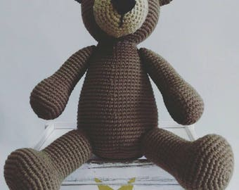 Brown bear amigurumi bear