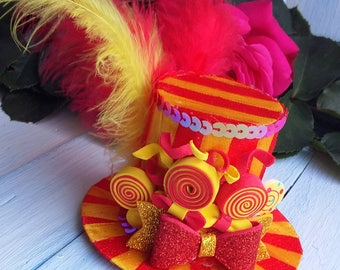 Mini Top Hat Headband Lollipop Yellow Mini Hat Red Mini Top Hat Mad Hatter Hat Tea Party Hat Alice in Wonderland Hat Fascinator Baby Shower