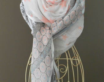 """Scarf, shawl, scarf""""style shanna"""" gray, white and pink .imprime"""