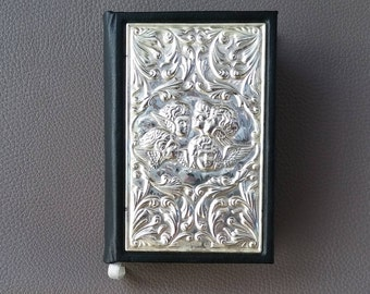 King James Bible, KJV bible, Silver inset cover, 925 Sheffield silver, hallmarked silver, Joshua Reynolds, Angels heads , leather cover
