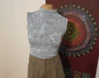 Vintage Blue Paisley Half Turtleneck / Sleeveless / Abstract / Stretchy / Size L