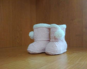 Girl ugg boots Pale Pink baby boots Baby girl Booties Newborn winter Boots Baby Uggs Baby girl shoes Baby shower gift Newborn ugg booties