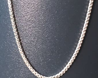 "18"" Italian Sterling Silver Petite Box Chain"