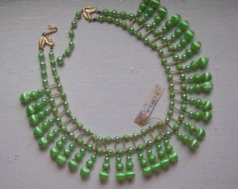 """Vintage 1960s Collar Necklace // Pastel Green Beads // Japan Old New Stock // 18"""""""