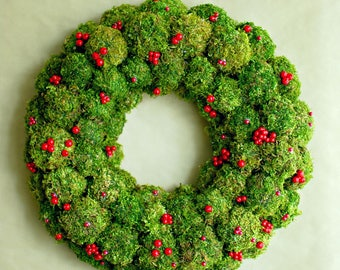 Natural Christmas wreath, Moss wreath, Holiday wreath, Christmas table decor, Christmas centerpiece Advent wreath Berry wreath Winter wreath