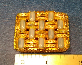 Vintage Pill Box. Gently Used. Lot G