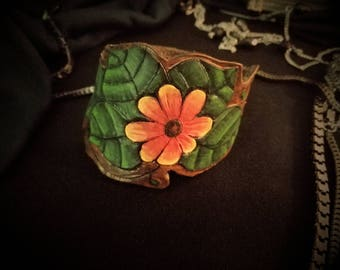 Leather sunflower bracelet