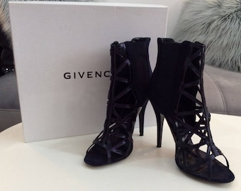 Givency Iconic Bird Cage Ankle Booties