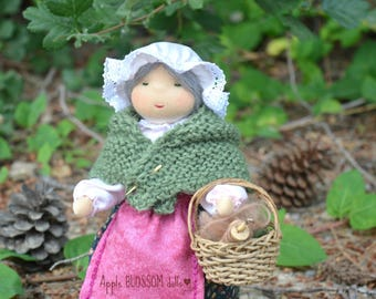 Mother Earth. Waldorf inspired doll.  Mutter Erde