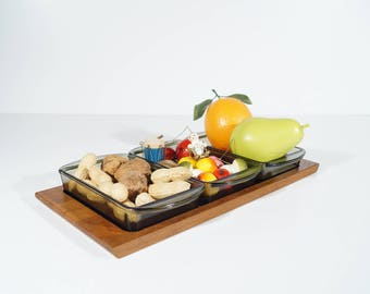 Vintage snack set, bowl for fruit, snacks and sweets, three glass bowls on teak platter, mid century deco, gift, Christmas