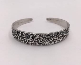 Vintage 1965 Towle Contessina Sterling Silver Floral Repousse Cuff Bracelet