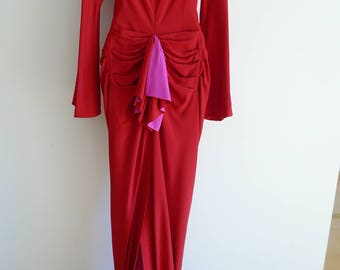 Guy Laroche Couture long elegant red dress with fuchsia pink lining