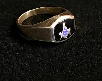10 K Mens Masonic Ring