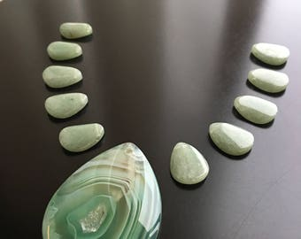 Aventurine and Jade Gemstone Pendant and matching teardrop beads
