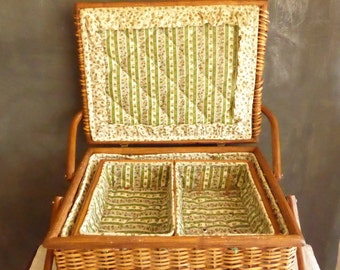 Antique Wood Wicker Sewing Box, Antique  Wood  Sewing Box, Vintage Woven Wood Sewing Basket