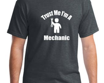 Mechanic Men's T-Shirt, Mechanic shirt, Gift for Men, Gift for Husband, Occupation T-Shirt, Cars T-Shirt, Gift T-Shirt Dad, Gift Father Tee