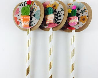 Fiesta Straws - Cactus Straws - Party Straws - First Birthday - Baby shower - Bridal shower -Gold Striped Straws - Fiesta theme-Cactus theme